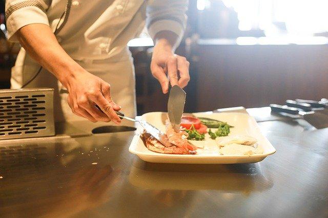 小田原市|キッチンカーを格安レンタル中です!|移動販売車・リース時の費用・価格と相場?